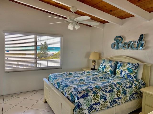 Master Bedroom (overlooking beach!)
